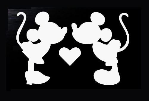 Mickey and Minnie Mouse Kissing decal